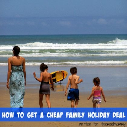 Has the task fallen to you to organize the family holiday? With Christmas on the way, you'll be certainly looking to save a few dollars wherever you can. Here are a few suggestions on how to get the best deals on the annual family holiday.