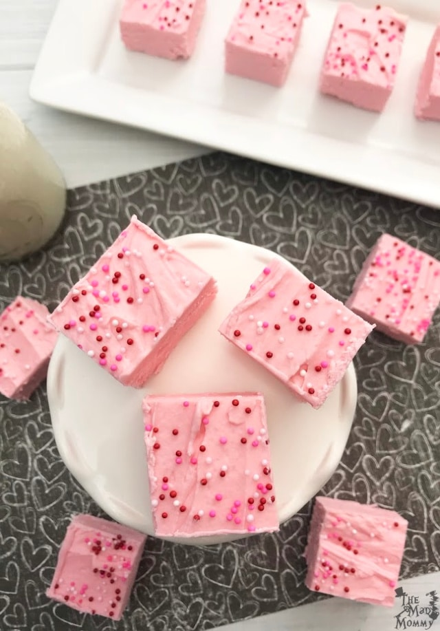 This Strawberry Fudge only needs 2 ingredients and 2 hours! Serve it anyway you like!