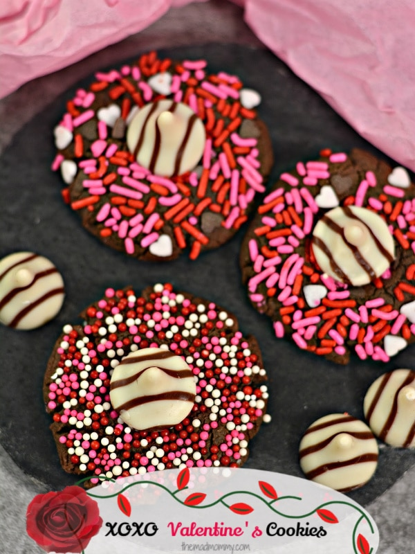 Give your Valentine all the love this year with these Easy Valentine Cookies, complete with hugs and kisses!